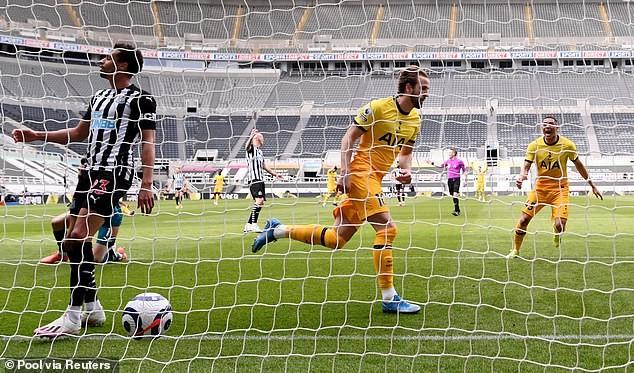Tottenham hụt Top 4, Mourinho lên tiếng phàn nàn - ảnh 2
