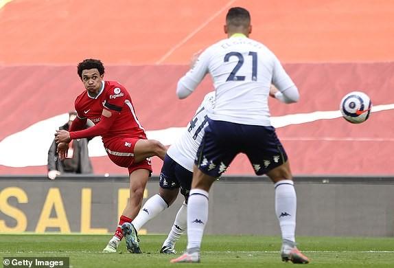 Hậu vệ lập công cuối trận, Liverpool lọt vào Top 4 - ảnh 6