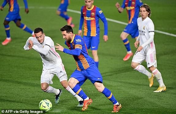 Thắng kịch tính trận siêu kinh điển, Real Madrid lên đầu bảng - ảnh 6