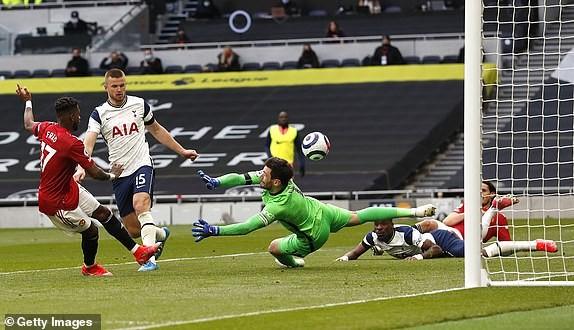 Bùng nổ hiệp 2, MU ngược dòng ngoạn mục hạ Tottenham - ảnh 4