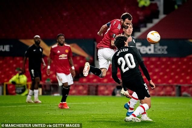 MU, Arsenal cùng thắng vào bán kết Europa League - ảnh 2