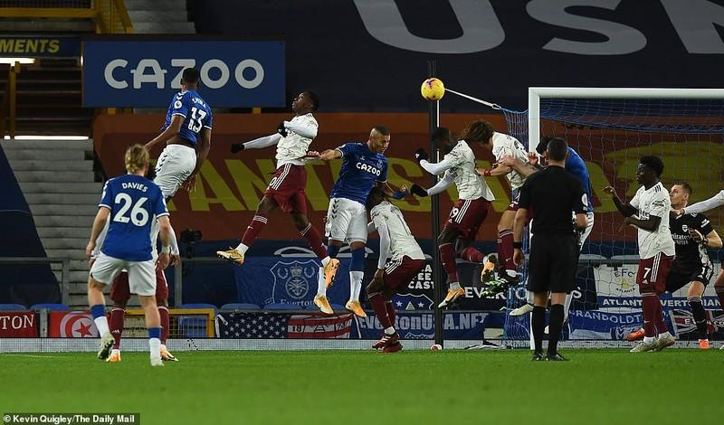 Vòng 33 Premier League: MU và Arsenal gặp khó - ảnh 3