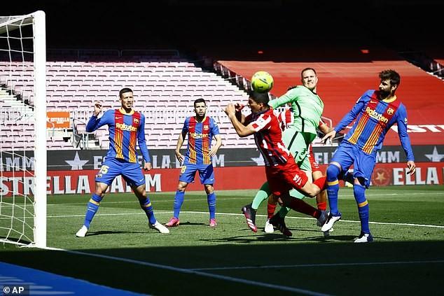 Barcelona-Atletico Madrid hoà, Real Madrid có tận dụng cơ hội? - ảnh 1