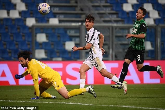 Ronaldo ghi bàn thứ 100, Juventus áp sát Top 4 - ảnh 4