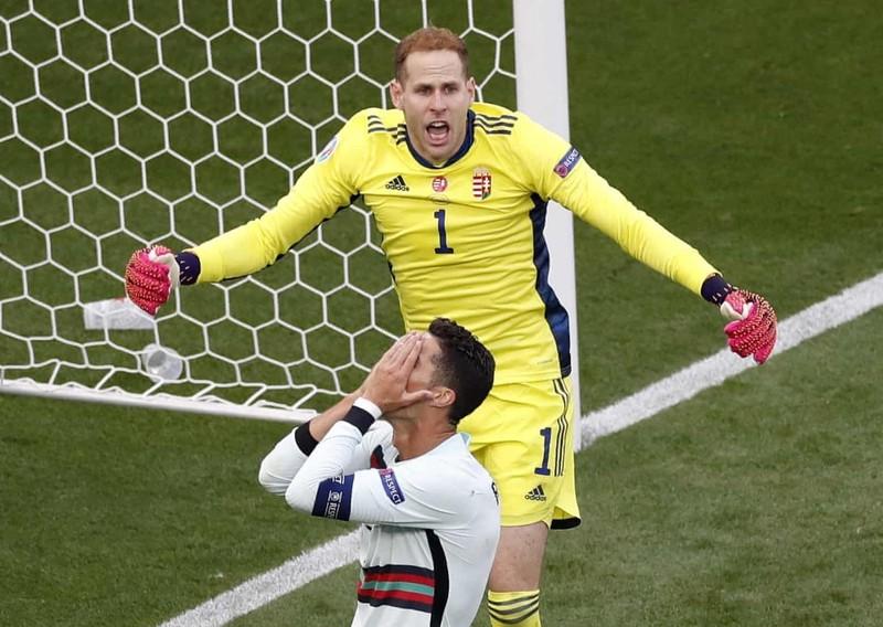 Bồ Đào Nha hạ Hungary kịch tính, Ronaldo đi vào lịch sử Euro - ảnh 2