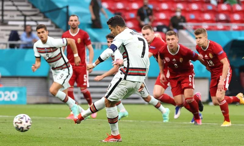Bồ Đào Nha hạ Hungary kịch tính, Ronaldo đi vào lịch sử Euro - ảnh 5