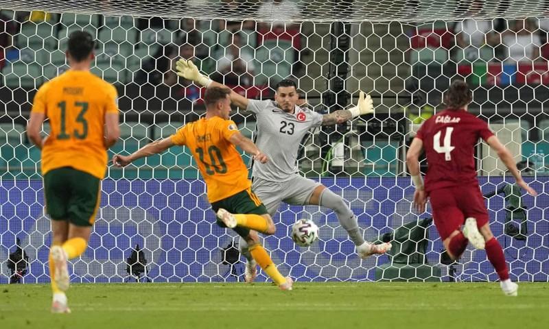 Bale hỏng phạt đền, xứ Wales vẫn đánh bại Thổ Nhĩ Kỳ - ảnh 4