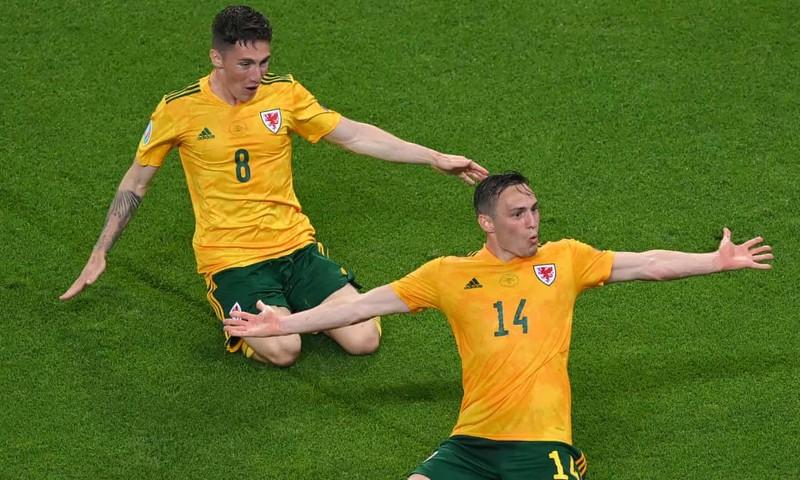 Bale hỏng phạt đền, xứ Wales vẫn đánh bại Thổ Nhĩ Kỳ - ảnh 6