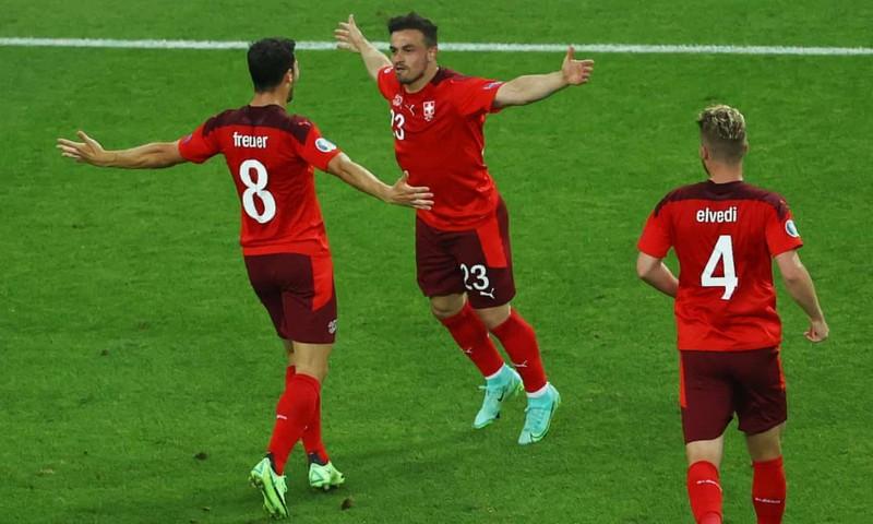 Ý toàn thắng cùng xứ Wales đi tiếp, Thụy Sĩ chờ vé vớt - ảnh 5