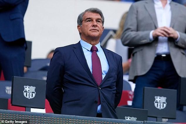 Chủ tịch Laporta tiết lộ sự thật về số nợ của Barcelona - ảnh 1
