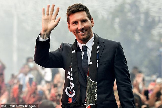 Chủ tịch Laporta tiết lộ sự thật về số nợ của Barcelona - ảnh 2