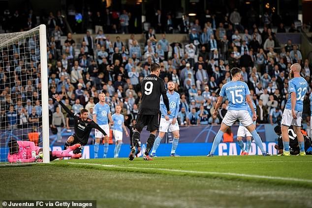 Juventus ghi 3 bàn trong hiệp một, Lukaku giúp Chelsea giành chiến thắng - ảnh 2