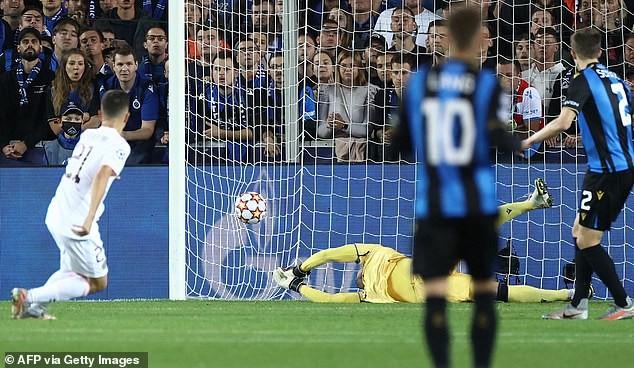 Messi bỏ lỡ nhiều cơ hội, Man. City rượt đuổi tỷ số tại Etihad - ảnh 1