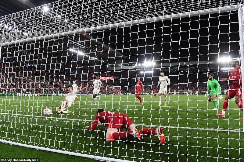 Liverpool thắng nghẹt thở AC Milan, Real Madrid hạ Inter Milan phút cuối  - ảnh 3
