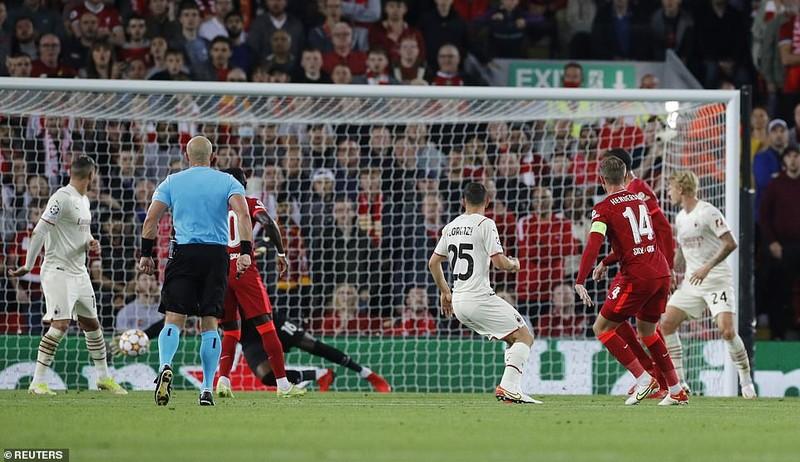 Liverpool thắng nghẹt thở AC Milan, Real Madrid hạ Inter Milan phút cuối  - ảnh 5