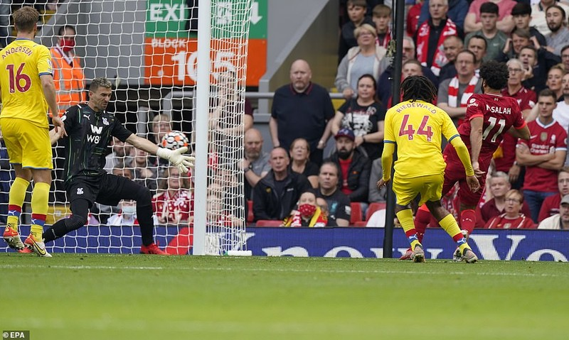 Liverpool lên đầu bảng, Arsenal thắng trận thứ hai nhờ siêu phẩm đá phạt - ảnh 4