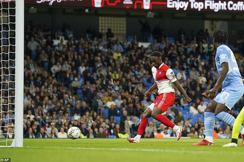 Man. City lội ngược dòng bằng set tennis, sao Nhật lập cú đúp cho Liverpool - ảnh 4