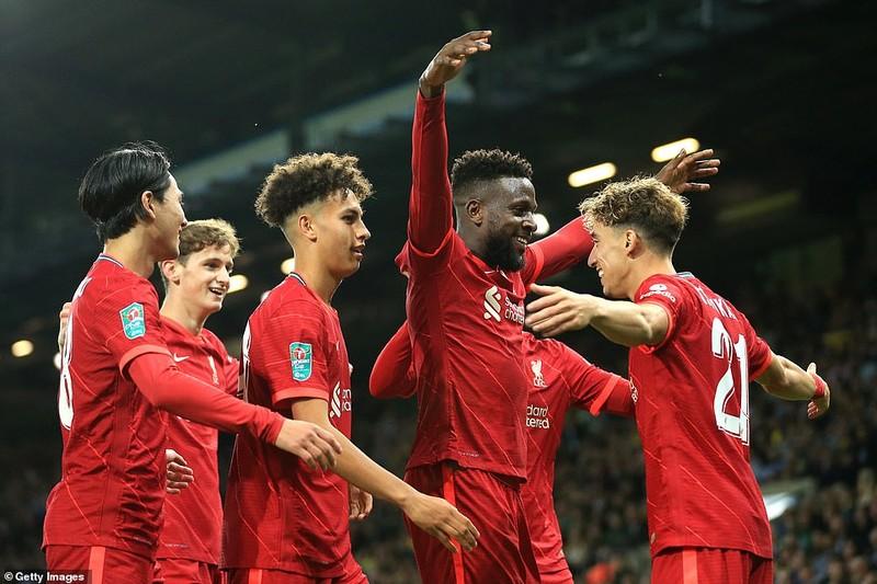 Man. City lội ngược dòng bằng set tennis, sao Nhật lập cú đúp cho Liverpool - ảnh 3