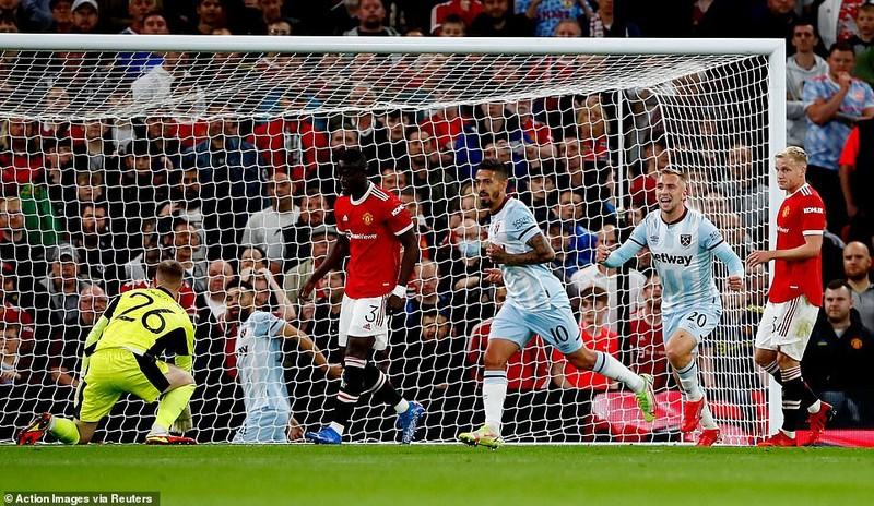 """MU bị loại khỏi Carabao Cup, Chelsea và Tottenham thắng loạt """"đấu súng""""  - ảnh 2"""