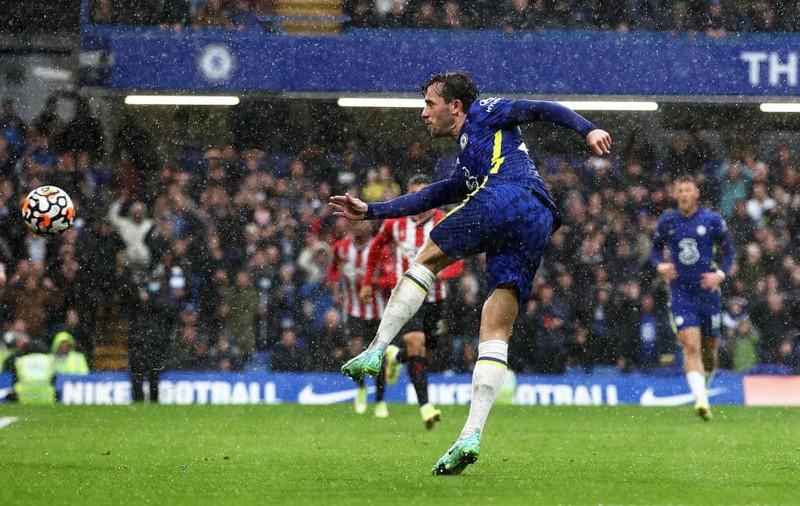 Hai lần bị từ chối bàn thắng, Chelsea thắng kịch tính lên ngôi đầu bảng - ảnh 8