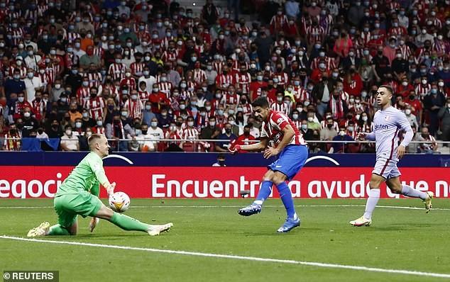 Suarez phá lưới Barcelona, Atletico Madrid bám sát Real - ảnh 3