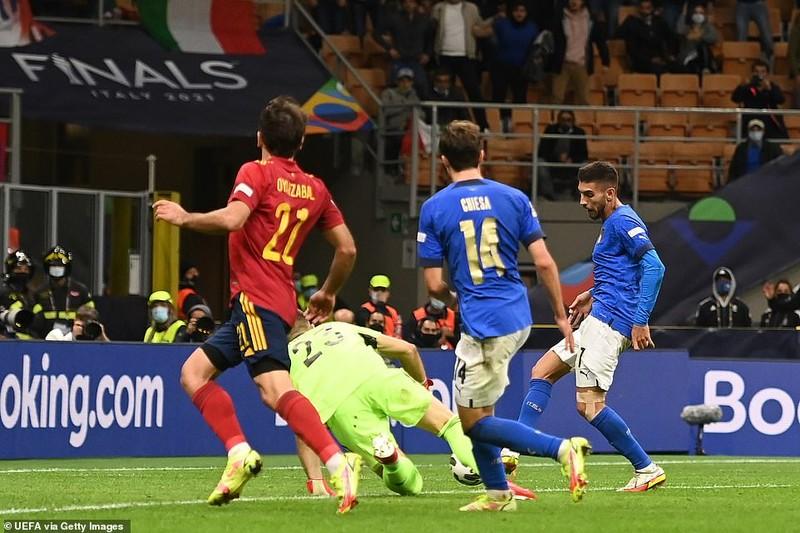 Hạ tuyển Ý tại San Siro, Tây Ban Nha giành vé vào chung kết Nations League - ảnh 4
