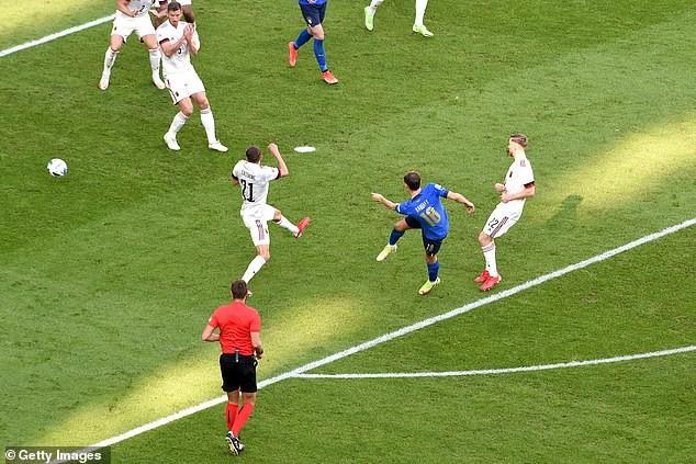 Bùng nổ hiệp 2, tuyển Ý hạ gục Bỉ giành hạng ba Nations League - ảnh 3