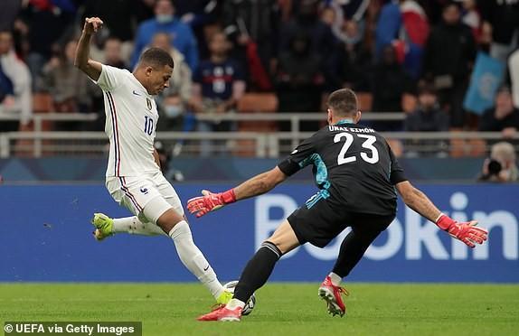 Benzema, Mbappe ghi bàn, Pháp lội ngược dòng vô địch Nations League - ảnh 4