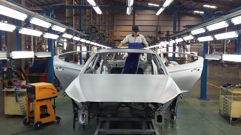 Mọi doanh nghiệp đều được quyền nhập khẩu ô tô - ảnh 1