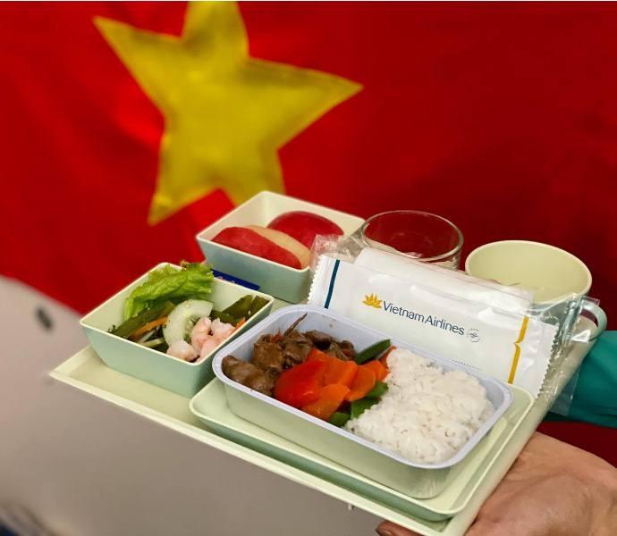 Thủ tướng chiêu đãi các cầu thủ bóng đá Việt Nam món ăn gì? - ảnh 8