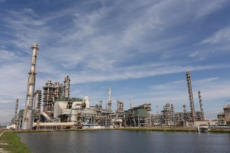 Giá dầu giảm 1 USD, PVN mất 2.200 tỉ đồng/năm - ảnh 1