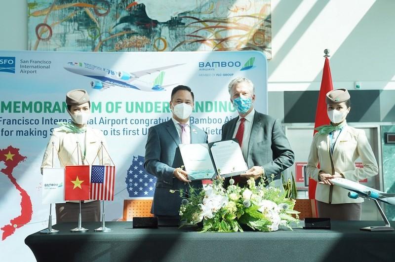 Bamboo Airways chở miễn phí 7 tấn thiết bị y tế từ Mỹ về Việt Nam - ảnh 1