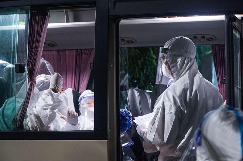 Chuyển bệnh nhân từ bệnh viện Việt Đức qua bệnh viện khác điều trị - ảnh 3