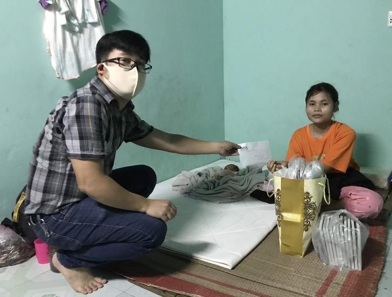 Hỗ trợ 15 triệu đồng cho cô gái 17 tuổi sinh con giữa dịch - ảnh 1