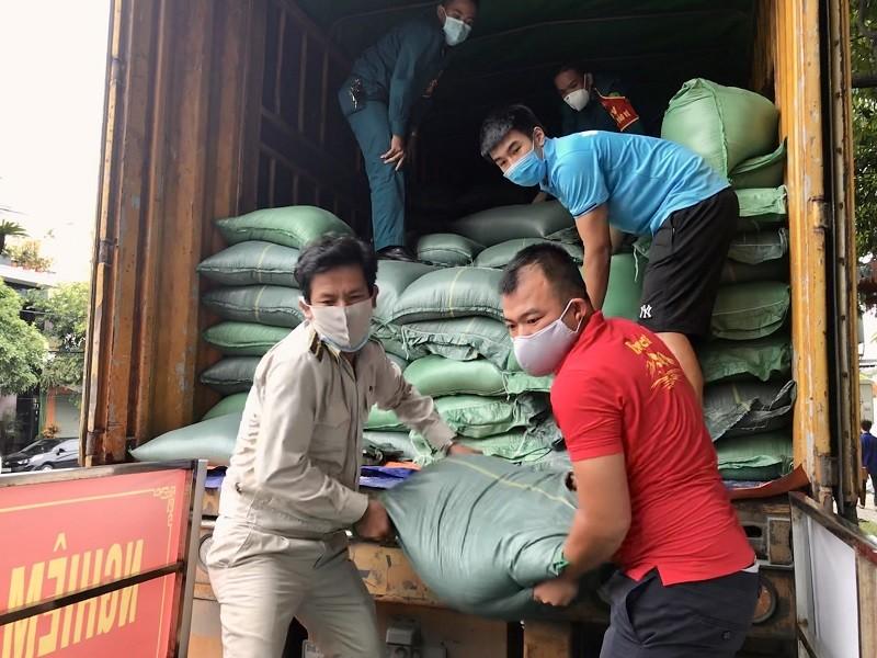 Hỗ trợ 20 tấn gạo cho Đà Nẵng và tỉnh Quảng Nam - ảnh 2