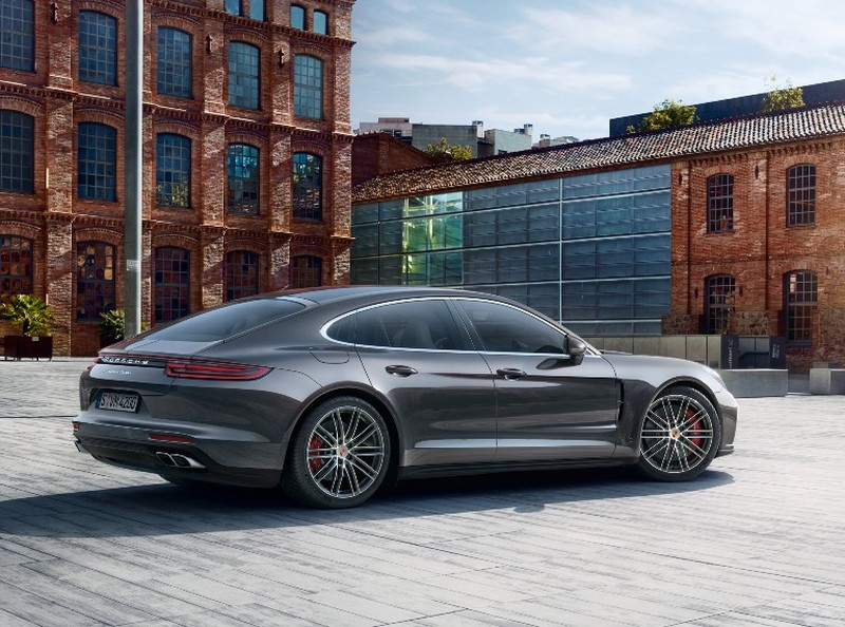 Ngắm nhìn những kiệt tác xe thể thao Porsche mới nhất - ảnh 7