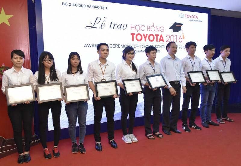 Toyota trao 115 học bổng cho sinh viên - ảnh 2