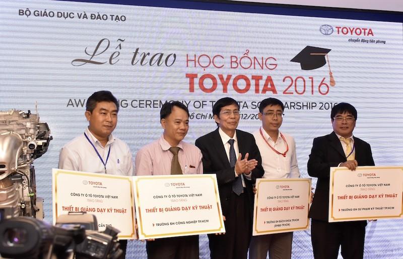 Toyota trao 115 học bổng cho sinh viên - ảnh 3