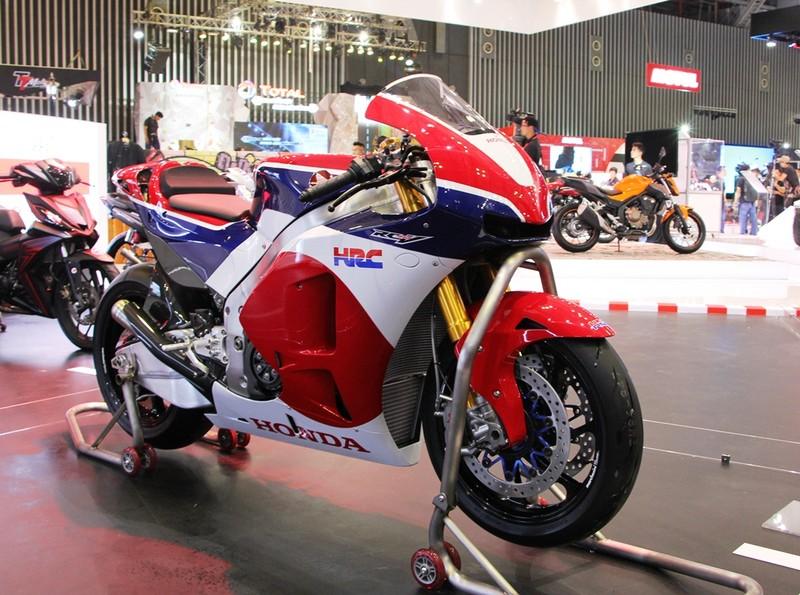 Chính thức khai màn triển lãm mô tô xe máy 2017 - ảnh 3