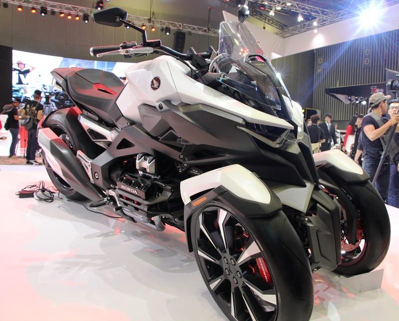 Chính thức khai màn triển lãm mô tô xe máy 2017 - ảnh 4