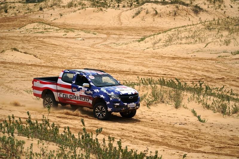 Colorado 'Vua sa mạc' tại Mui Dinh Challenge 2017 - ảnh 8