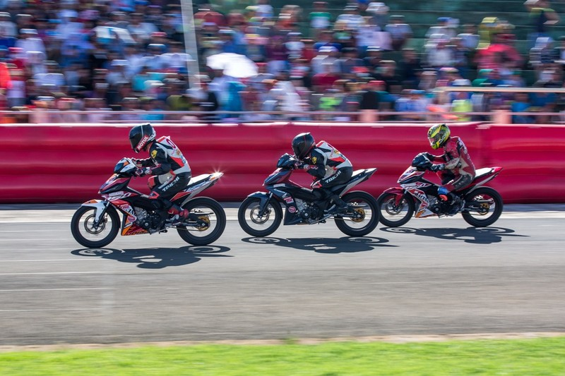 Tưng bừng giải đua xe mô tô Honda ở Tuy Hòa - ảnh 7