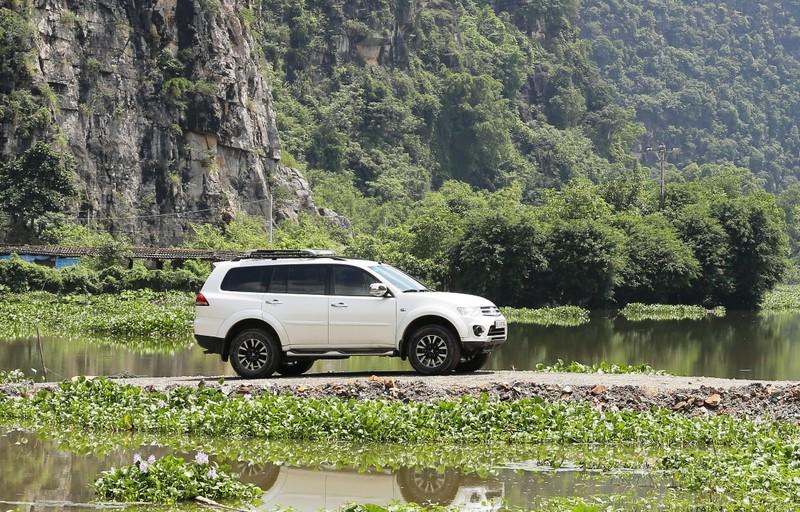 Mitsubishi Pajero Sport: Giảm sốc 100-198 triệu đồng - ảnh 1