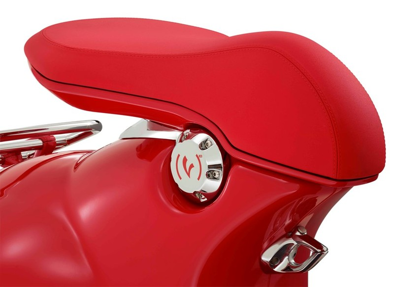 Siêu phẩm Vespa 946 RED có giá 405 triệu đồng - ảnh 6