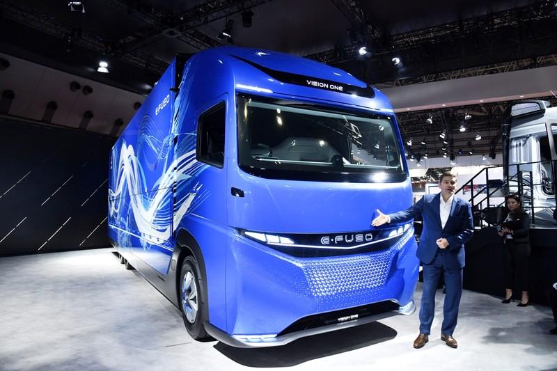 FUSO ra mắt xe tải, xe khách điện E-FUSO - ảnh 3