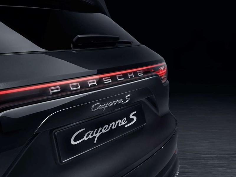 Porsche ra mắt 'Mãnh hổ Cayenne' giá từ 4,5 tỉ đồng - ảnh 4