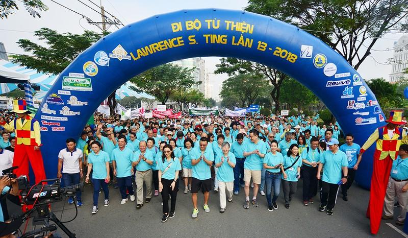 15.000 người đi bộ ủng hộ Quỹ Lawrence S.Ting - ảnh 2