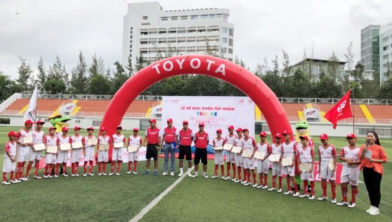 Đã chọn ra 18 cầu thủ xuất sắc đi thi đấu tại Nhật Bản - ảnh 2