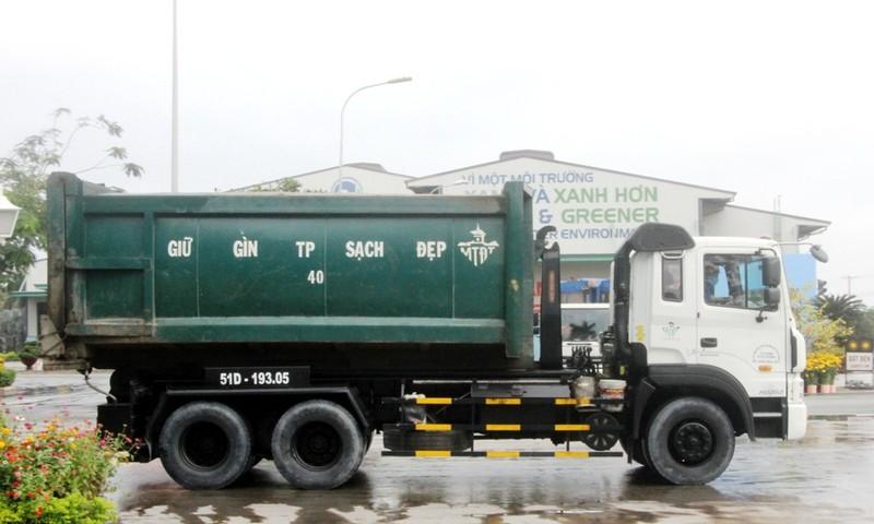 Mỗi quận huyện phải 'xóa sổ' 3 điểm ô nhiễm rác thải - ảnh 1