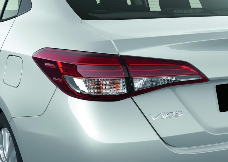 Lỗi túi khí, Toyota triệu hồi kiểm tra Corolla, Vios và Yaris - ảnh 2